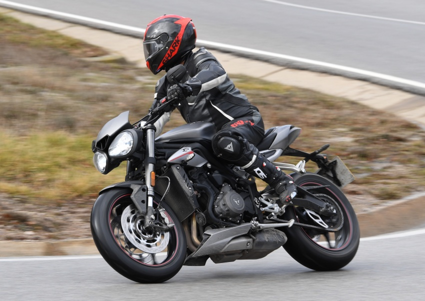 REVIEW: 2017 Triumph Street Triple 765 RS – media road and track test in Catalunya, Spain Image #616544