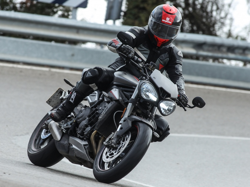 REVIEW: 2017 Triumph Street Triple 765 RS – media road and track test in Catalunya, Spain Image #616553
