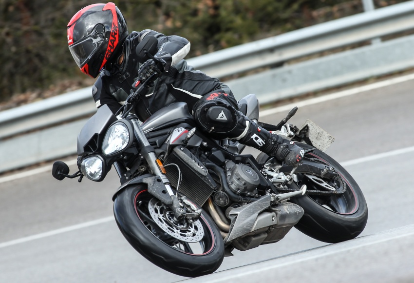 REVIEW: 2017 Triumph Street Triple 765 RS – media road and track test in Catalunya, Spain Image #616554