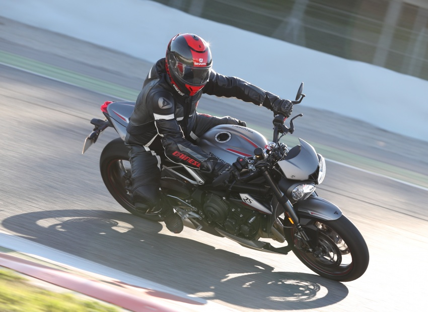 REVIEW: 2017 Triumph Street Triple 765 RS – media road and track test in Catalunya, Spain Image #616559
