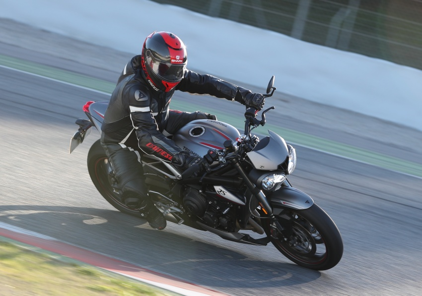 REVIEW: 2017 Triumph Street Triple 765 RS – media road and track test in Catalunya, Spain Image #616560