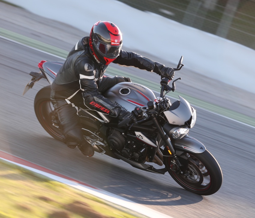 REVIEW: 2017 Triumph Street Triple 765 RS – media road and track test in Catalunya, Spain Image #616562