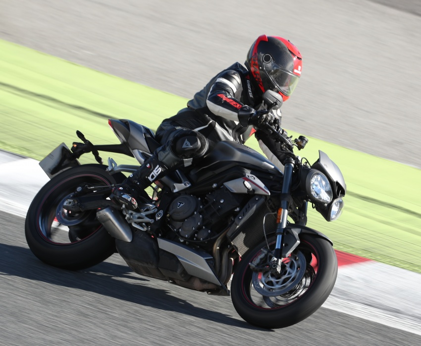 REVIEW: 2017 Triumph Street Triple 765 RS – media road and track test in Catalunya, Spain Image #616564