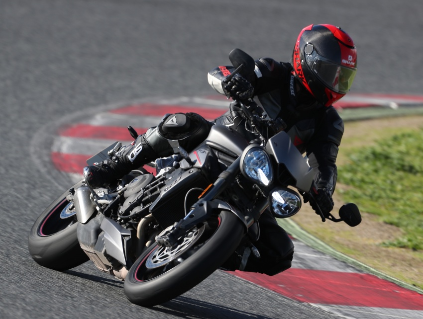 REVIEW: 2017 Triumph Street Triple 765 RS – media road and track test in Catalunya, Spain Image #616565