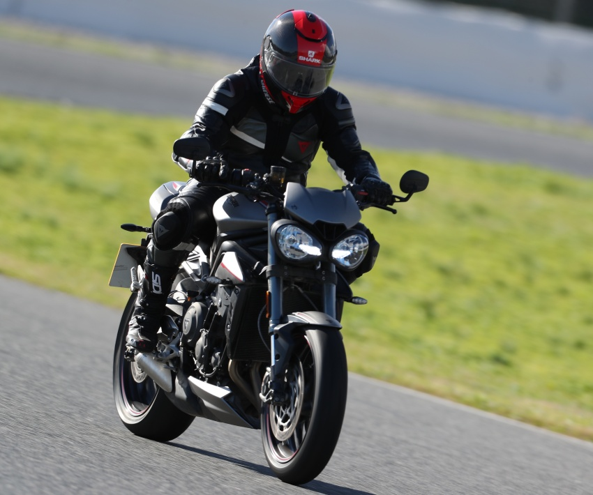 REVIEW: 2017 Triumph Street Triple 765 RS – media road and track test in Catalunya, Spain Image #616567