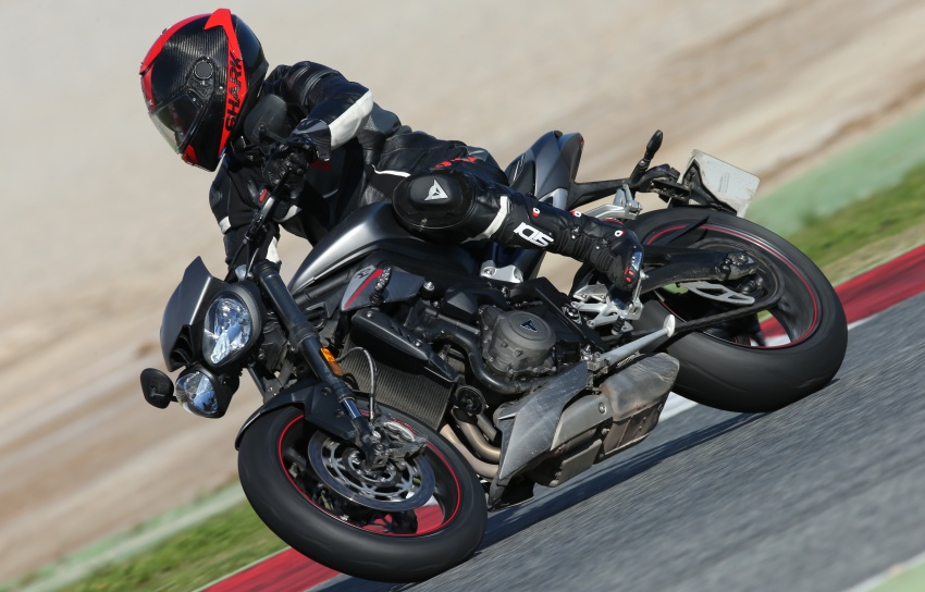 REVIEW: 2017 Triumph Street Triple 765 RS – media road and track test in Catalunya, Spain Image #616570