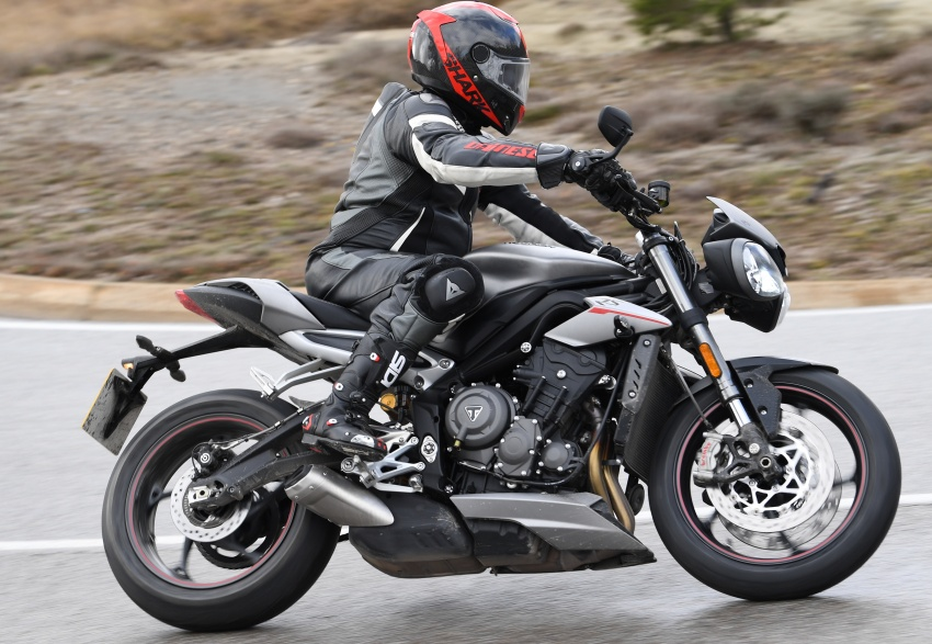 REVIEW: 2017 Triumph Street Triple 765 RS – media road and track test in Catalunya, Spain Image #616538