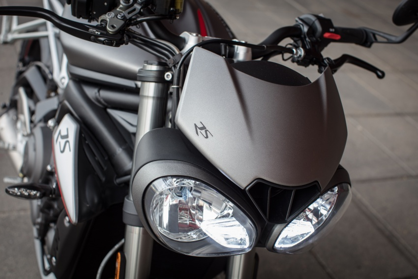 REVIEW: 2017 Triumph Street Triple 765 RS – media road and track test in Catalunya, Spain Image #616593