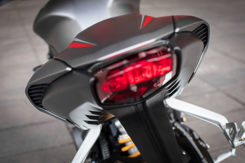 REVIEW: 2017 Triumph Street Triple 765 RS – media road and track test in Catalunya, Spain Image #616633