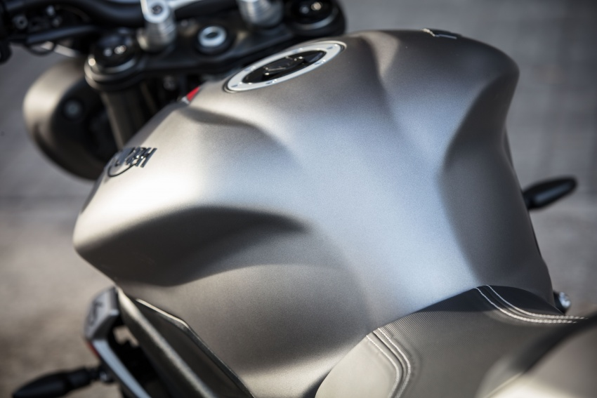 REVIEW: 2017 Triumph Street Triple 765 RS – media road and track test in Catalunya, Spain Image #616650