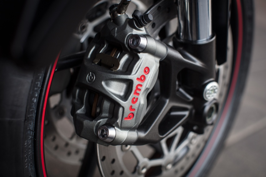 REVIEW: 2017 Triumph Street Triple 765 RS – media road and track test in Catalunya, Spain Image #616597
