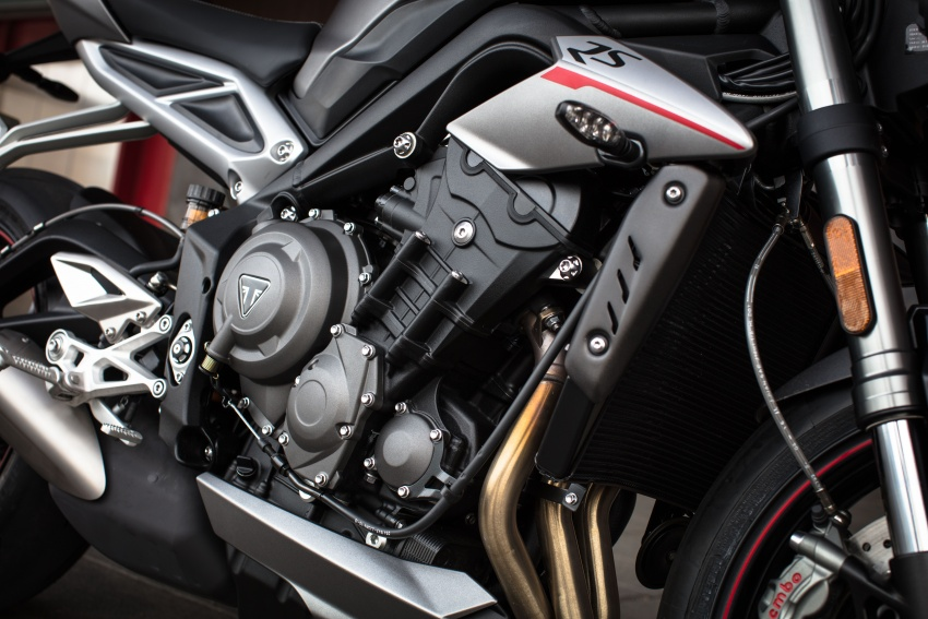 REVIEW: 2017 Triumph Street Triple 765 RS – media road and track test in Catalunya, Spain Image #616602