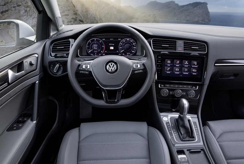 Golf 8 Release Date >> GALLERY: 2017 Volkswagen Golf Mk7 facelift – GTI, GTD, Golf Variant and 1.5 TSI play it up for ...