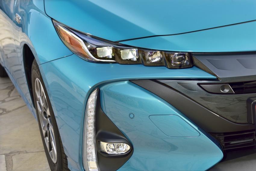New Toyota Prius Plug-in Hybrid – double the EV range Image #612710