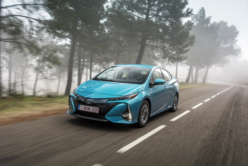 New Toyota Prius Plug-in Hybrid – double the EV range Image #612714