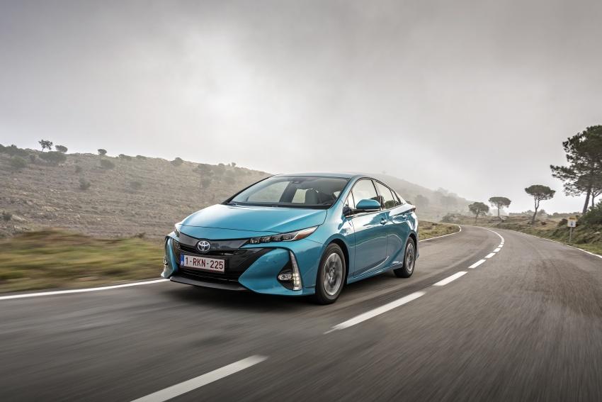 New Toyota Prius Plug-in Hybrid – double the EV range Image #612722