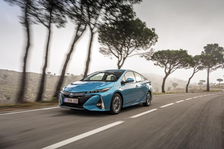 New Toyota Prius Plug-in Hybrid – double the EV range Image #612724