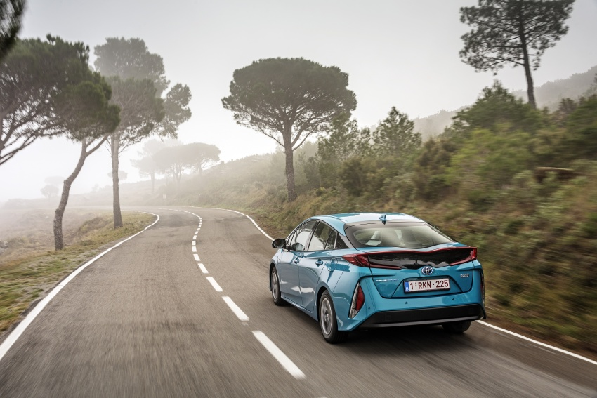 New Toyota Prius Plug-in Hybrid – double the EV range Image #612726