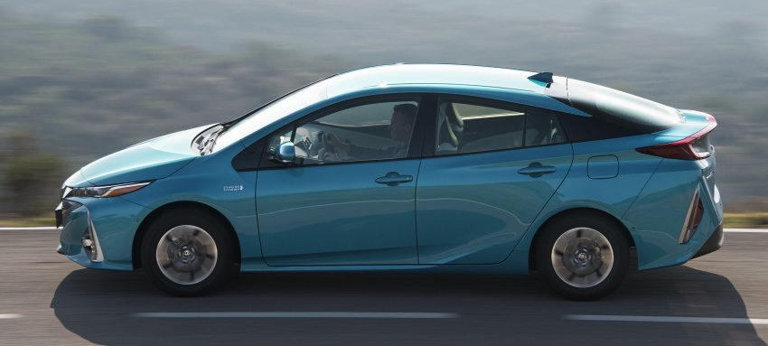 New Toyota Prius Plug-in Hybrid – double the EV range Image #612727