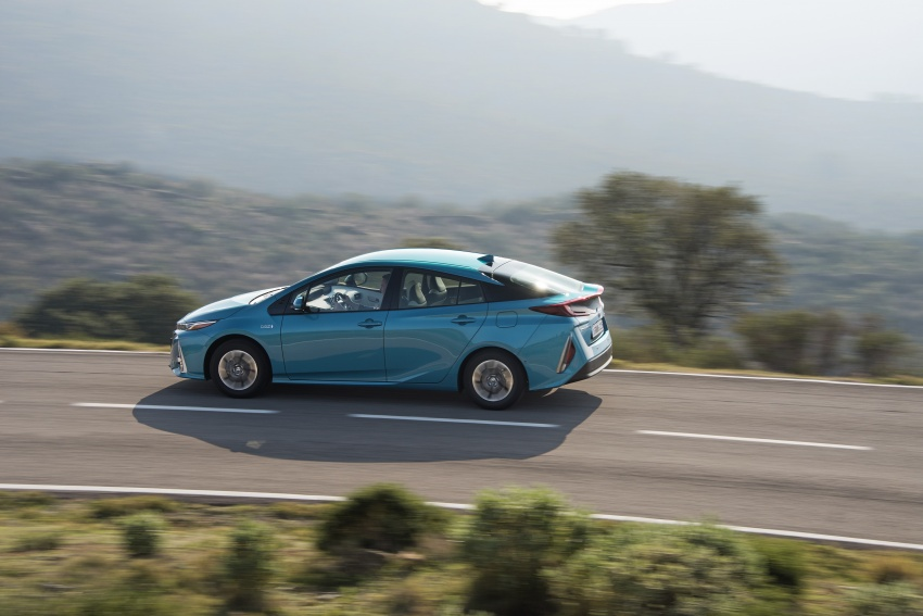 New Toyota Prius Plug-in Hybrid – double the EV range Image #612728