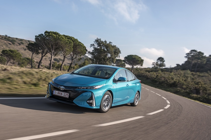 New Toyota Prius Plug-in Hybrid – double the EV range Image #612731