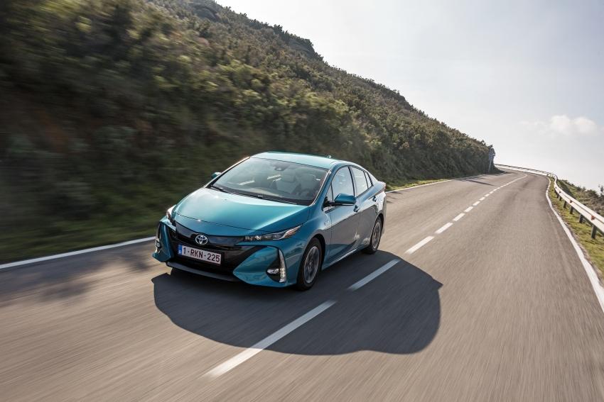 New Toyota Prius Plug-in Hybrid – double the EV range Image #612733