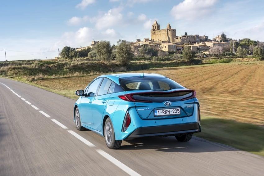 New Toyota Prius Plug-in Hybrid – double the EV range Image #612740