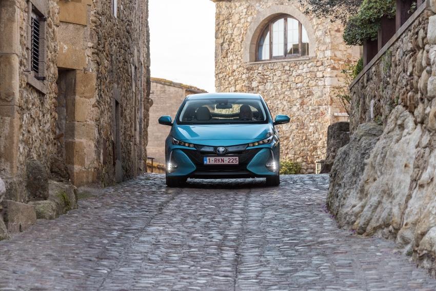 New Toyota Prius Plug-in Hybrid – double the EV range Image #612742