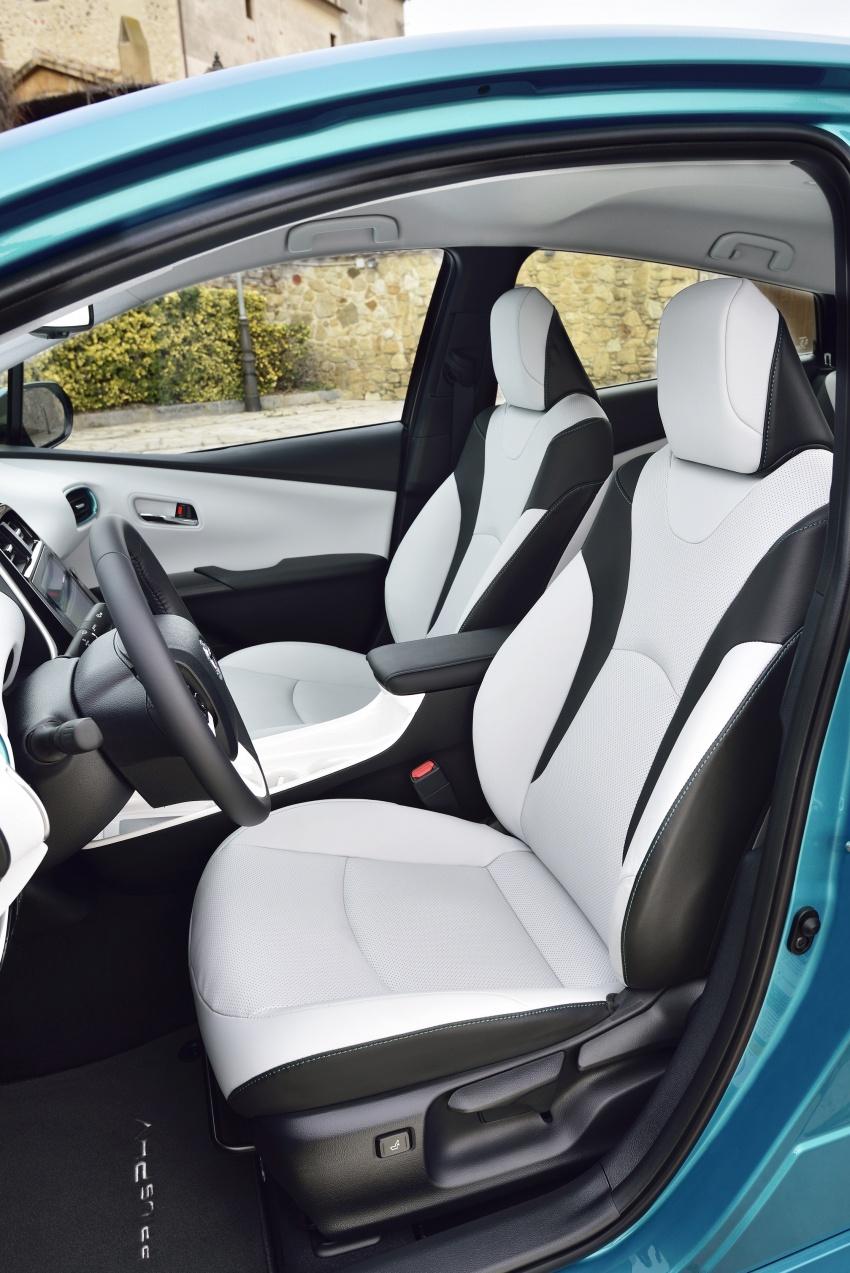 New Toyota Prius Plug-in Hybrid – double the EV range Image #612747