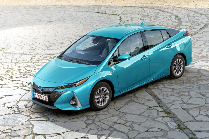 New Toyota Prius Plug-in Hybrid – double the EV range Image #612764
