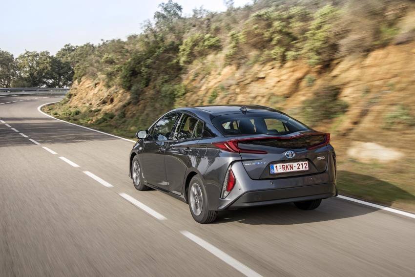 New Toyota Prius Plug-in Hybrid – double the EV range Image #612768