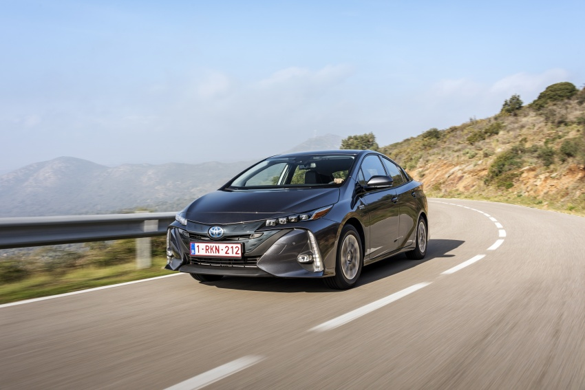 New Toyota Prius Plug-in Hybrid – double the EV range Image #612771