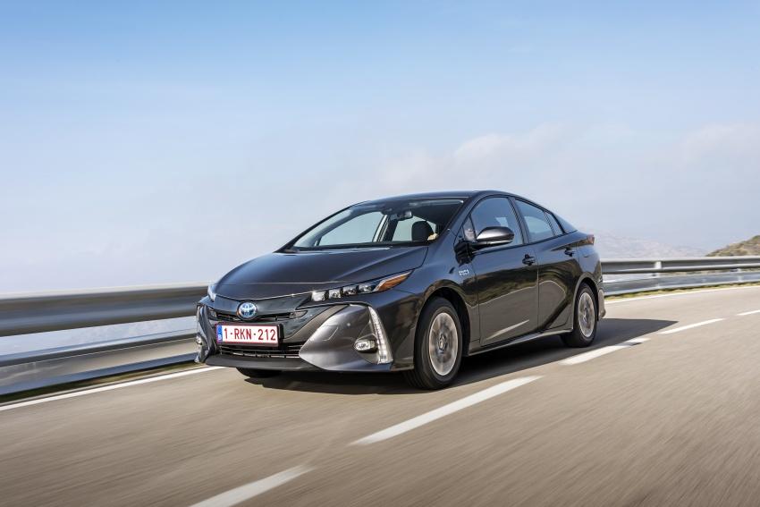 New Toyota Prius Plug-in Hybrid – double the EV range Image #612773