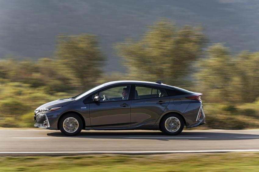 New Toyota Prius Plug-in Hybrid – double the EV range Image #612778