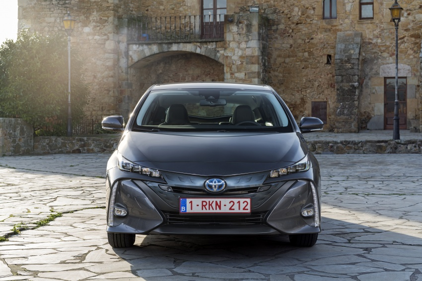 New Toyota Prius Plug-in Hybrid – double the EV range Image #612784