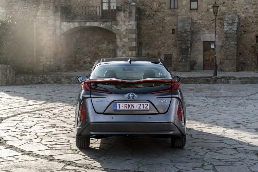 New Toyota Prius Plug-in Hybrid – double the EV range Image #612786