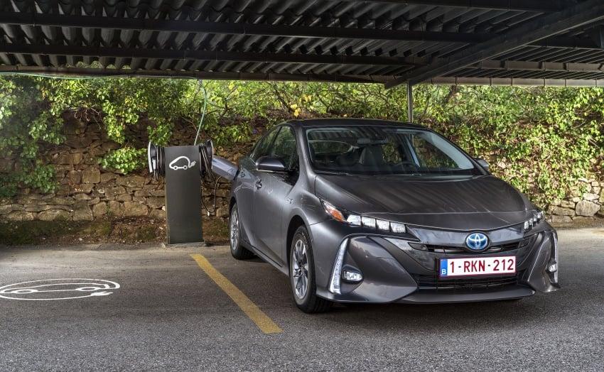 New Toyota Prius Plug-in Hybrid – double the EV range Image #612787