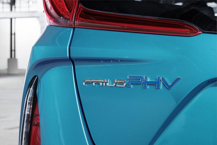 New Toyota Prius Plug-in Hybrid – double the EV range Image #612790
