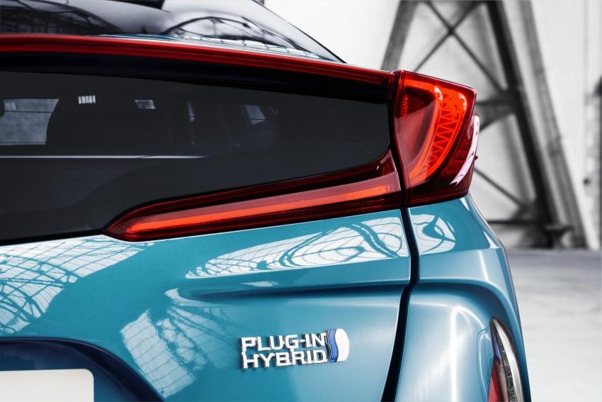 New Toyota Prius Plug-in Hybrid – double the EV range Image #612795
