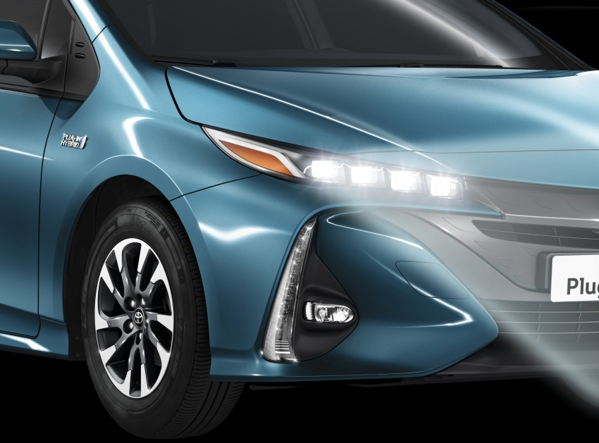 New Toyota Prius Plug-in Hybrid – double the EV range Image #612797