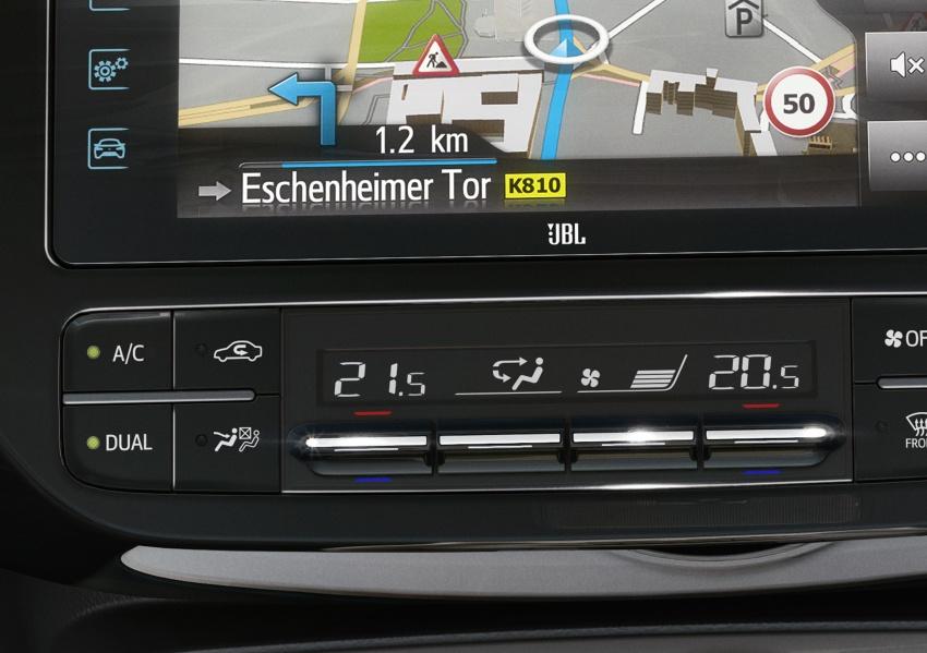 New Toyota Prius Plug-in Hybrid – double the EV range Image #612830