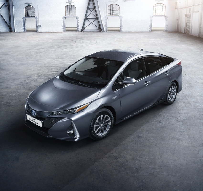 New Toyota Prius Plug-in Hybrid – double the EV range Image #612847