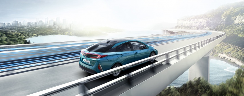 New Toyota Prius Plug-in Hybrid – double the EV range Image #612854