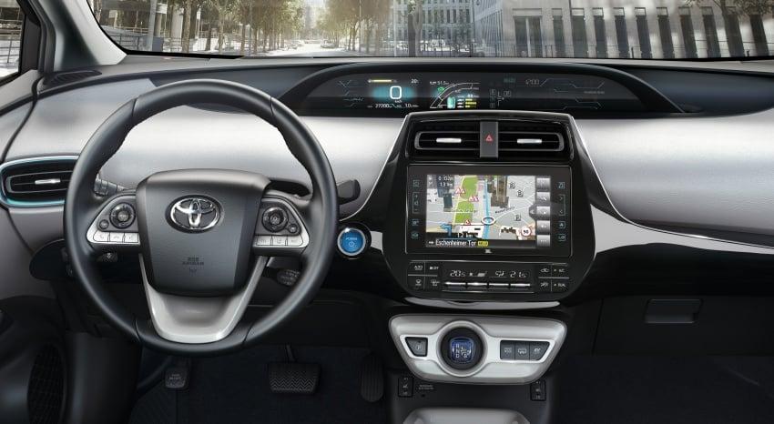 New Toyota Prius Plug-in Hybrid – double the EV range Image #612859