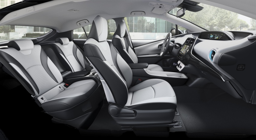New Toyota Prius Plug-in Hybrid – double the EV range Image #612861