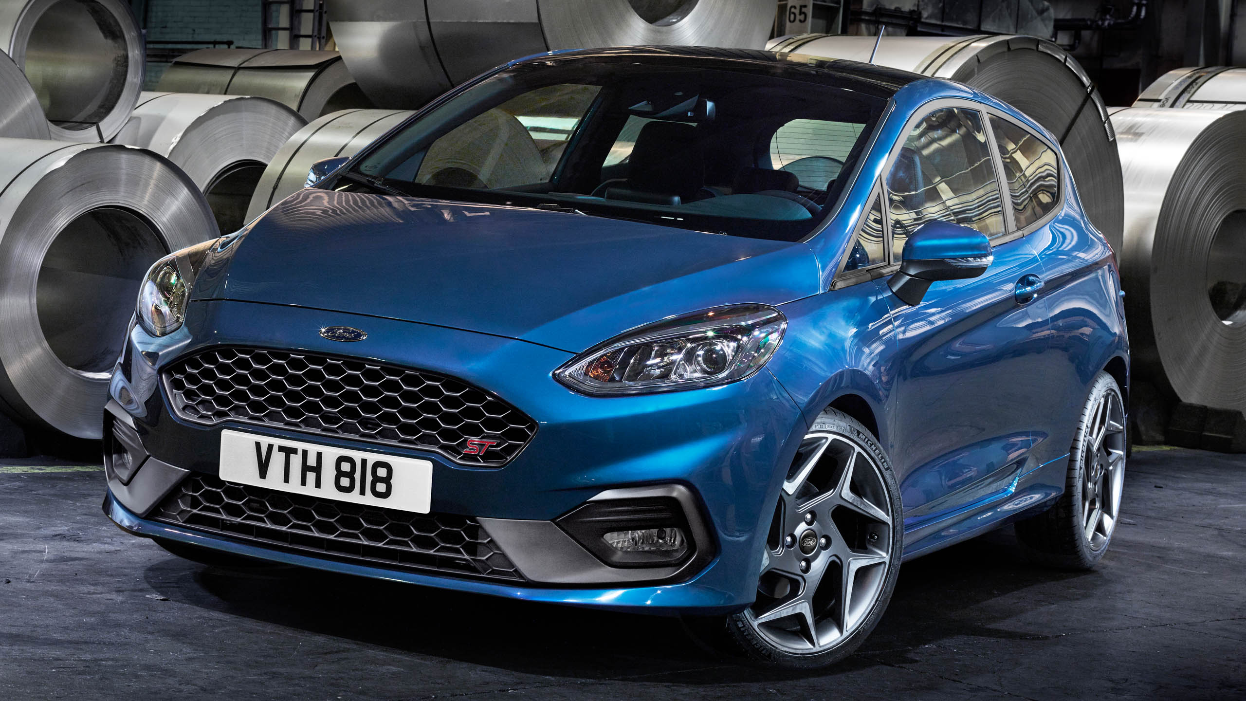 2017 ford fiesta st debuts 1 5 three cylinder 200 ps. Black Bedroom Furniture Sets. Home Design Ideas