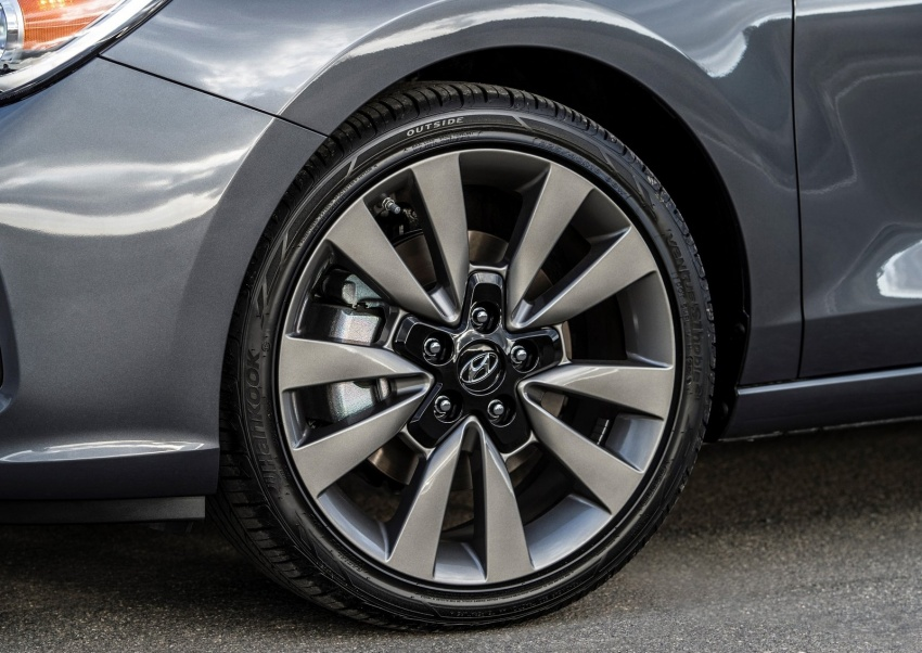 2018 Hyundai Elantra GT – US market i30 makes debut Image #613544