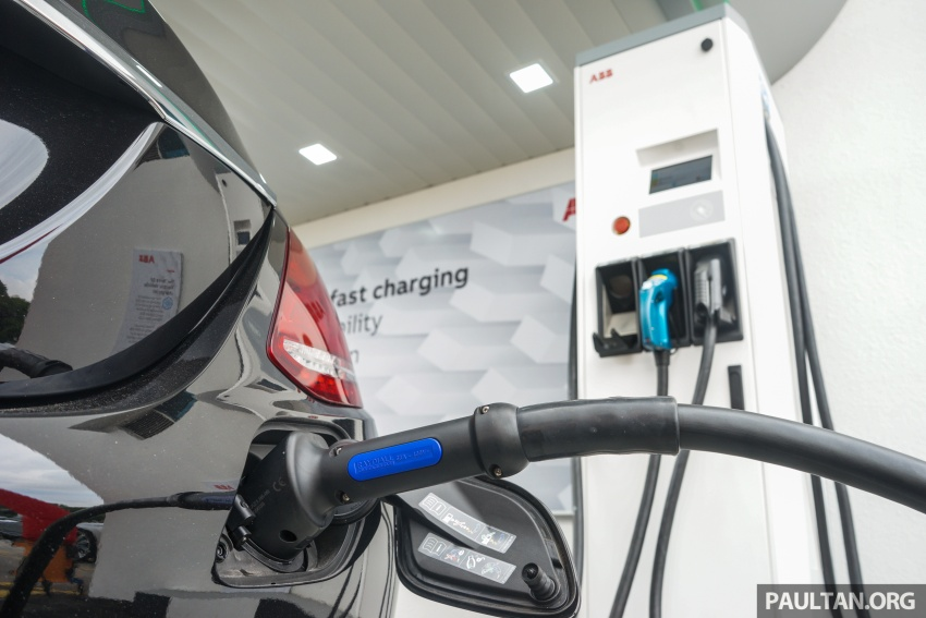 ABB launches Terra 53 CJG EV fast charger – 43 kW AC and 50 kW DC, supports all charging standards Image #620691