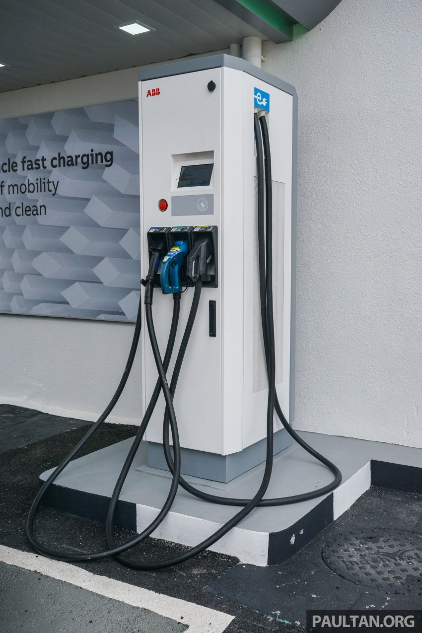 ABB launches Terra 53 CJG EV fast charger – 43 kW AC and 50 kW DC, supports all charging standards Image #620680