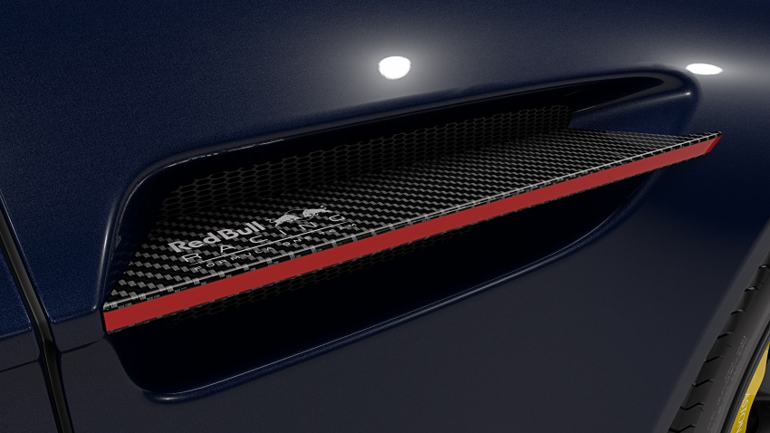 Aston Martin V8/V12 Vantage Red Bull Racing Edition Image #618203